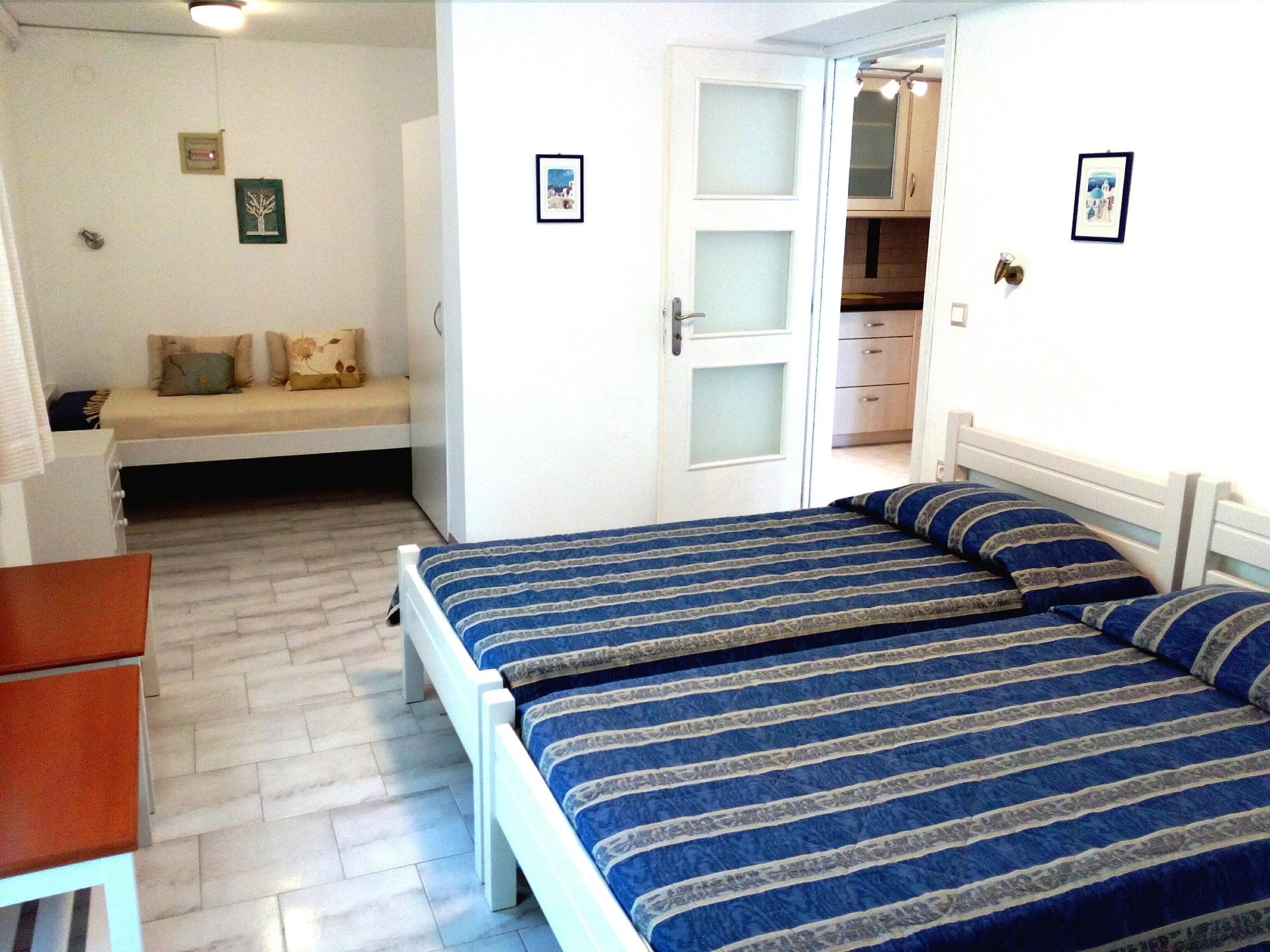 paros naoussa apartments