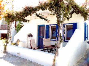 naoussa paros apartments at Volossirakis